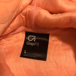 GAP Tops - Gap fit large quilted pullover